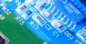 Recubrimientos de protección de PCB curables por luz.